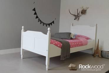 https://afbeelding.rockwoodkinderbedden.nl/images/KBAM/Rockwood-Kinderbedden-Kinderbed-Amalia-Wit-1_klein.jpg