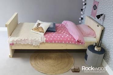 https://afbeelding.rockwoodkinderbedden.nl/images/KBL/Rockwood-Kinderbedden-Kinderbed-Laurence-1_klein.jpg