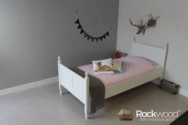 https://afbeelding.rockwoodkinderbedden.nl/images/KBME/Rockwood-Kinderbedden-Kinderbed-Melissa-1_klein.jpg