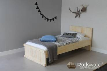 https://afbeelding.rockwoodkinderbedden.nl/images/TBM/Rockwood-Kinderbedden-Tienerbed-Michael-1_klein.jpg